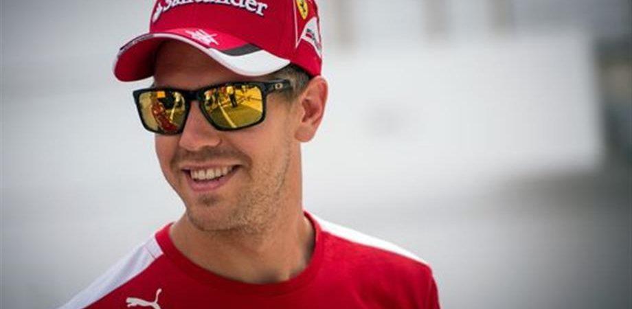 F1: Vettel trionfa in Bahrein, Mercedes seconda e terza