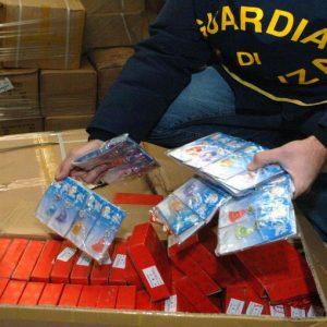 Contraffazione: sequestri per oltre 4 miliardi in 7 anni, ma crescono i danni all'economia