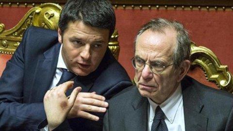 """Renzi: """"Sul taglio delle tasse decidiamo noi, non l'Ue"""""""