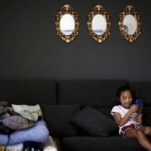 Internet: metà degli adolescenti vede messaggi violenti sui social