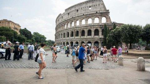 Coronavirus, turismo: si rischiano 7,4 miliardi di perdite