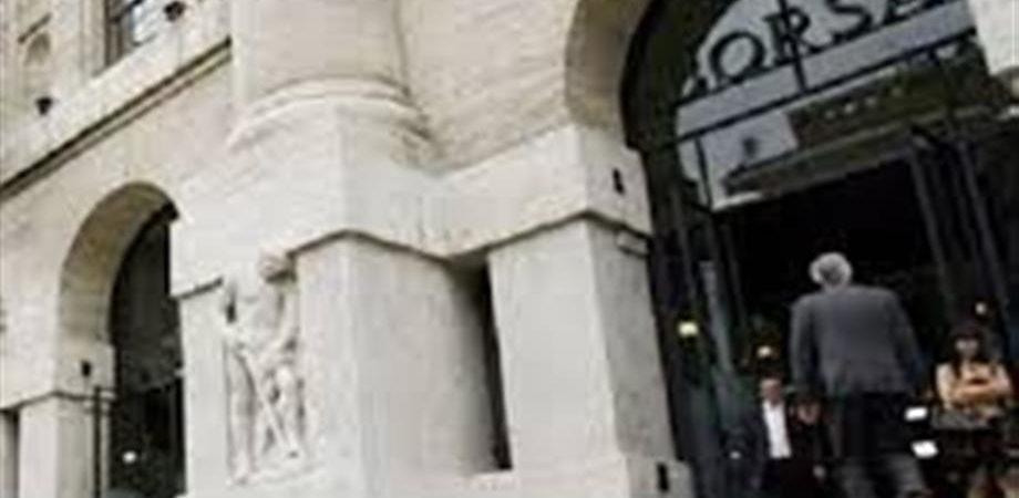 Stm, Fca e Telecom Italia danno sprint alla Borsa (+1,7%)