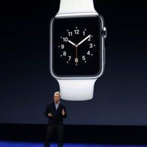 Swatch sfida Apple: debutta Bellamy, l'orologio per i pagamenti mobile