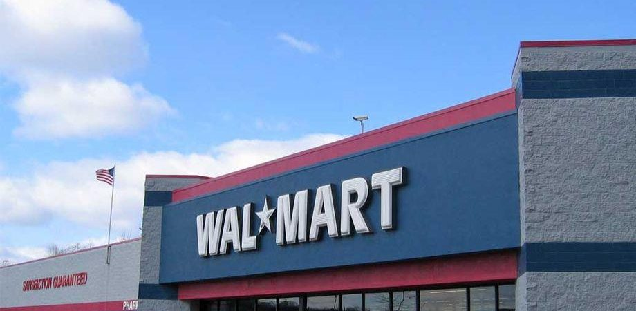 Walmart beffa Amazon in India e compra Flipkart per 16 miliardi
