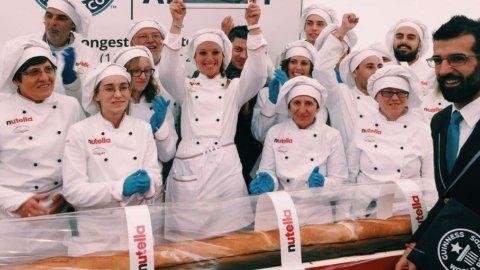 Expo: baguette record alla Nutella, la più lunga del mondo