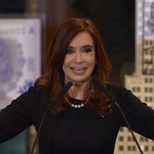 """ELEZIONI IN ARGENTINA – Tre """"italiani"""" in corsa per il dopo Kirchner: oggi il voto"""