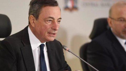 """Banche, Draghi: """"Servono nuove regole per gli Npl"""""""