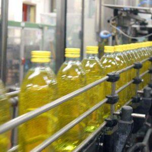 Olio extravergine, indagati i rappresentanti legali di 7 grandi aziende italiane