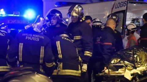 GUERRA E ORRORE A PARIGI: più di 120 morti e 200 feriti per attentati terroristici dell'Isis