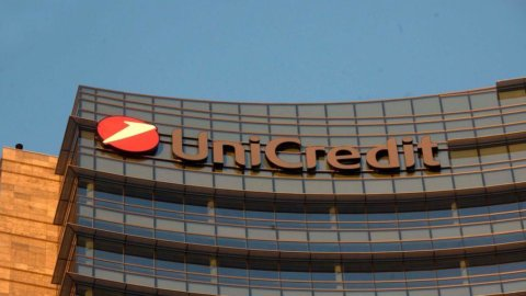 Unicredit: 3.900 esuberi in Italia, sindacati bancari in allarme