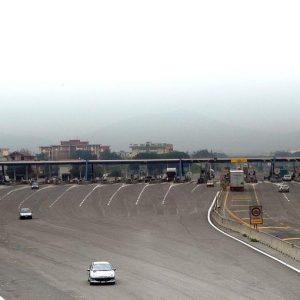 Il caso Atlantia-Autostrade accentua il rischio Italia