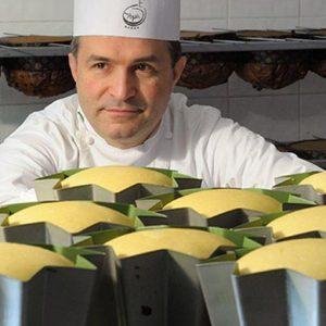 Re Panettone: il dolce è lombardo ma il migliore lo fanno a Minori, sulla costiera amalfitana