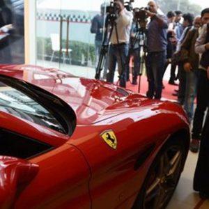 Ferrari: utile spinto dal patent box, titolo in rosso