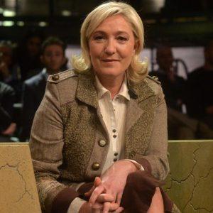 Francia, ballottaggi regionali: l'ora della verità per Le Pen. Oggi si vota