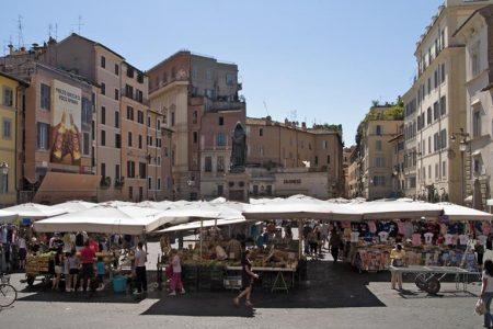 Roma a piedi: una domenica di mercatini