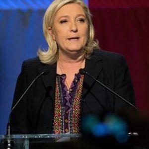 Francia, ballottaggi – Flop Le Pen: l'estrema destra perde in tutte le Regioni, vince Sarkozy