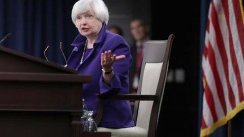 Fed rinvia il rialzo dei tassi ma lancia l'allarme sulle banche italiane