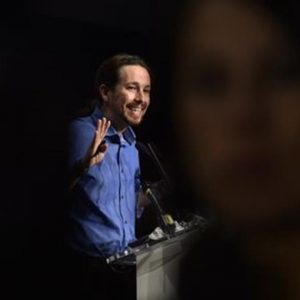 Spagna: Podemos appoggerà un Governo socialista solo se il Psoe accetterà referendum della Catalogna