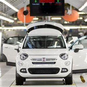 Auto: l'Europa rallenta nel semestre, ma l'Italia corre con Fca