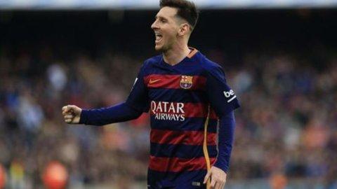 Messi vince il quinto Pallone d'oro, Conte e Buffon non votano per protesta