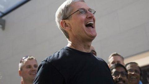 """Apple paga hacker per """"violare"""" i propri software"""