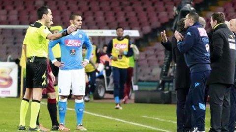 CAMPIONATO SERIE A – L'Inter pareggia e dà il via libera al Napoli, il Milan sfida la Fiorentina