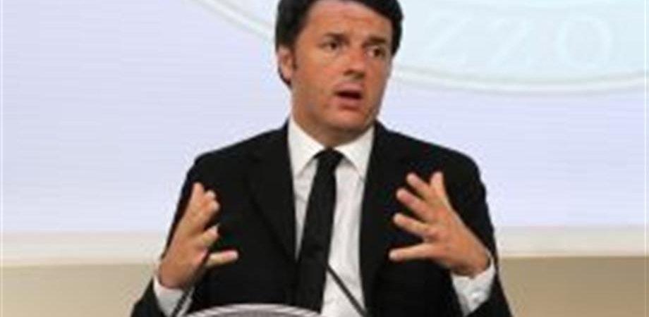 """Renzi: """"Con il No nella Ue non ci fila più nessuno"""""""
