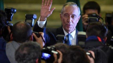 Portogallo, vince il centrodestra: De Sousa è il nuovo presidente