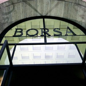 Borse in stand-by ma Piazza Affari si salva