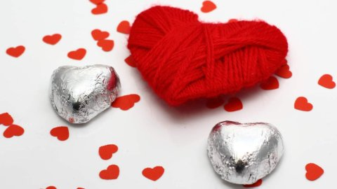 Telefonia, viaggi e regali: tutte le offerte per San Valentino