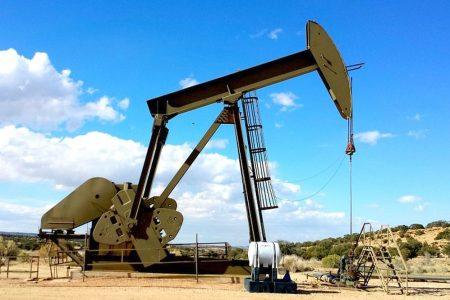 Il petrolio sostiene le Borse e per i Btp continua il boom