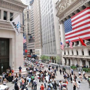 Facebook non ferma Wall Street e i Btp ignorano BlackRock