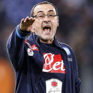 Napoli a valanga sul Bologna (6-0), Roma senza Totti contro il Toro