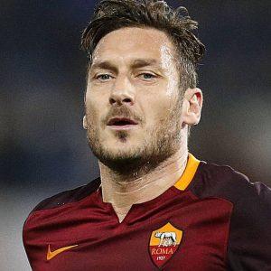 Totti porta la Roma in Champions, l'Inter dà l'addio ai sogni