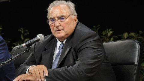 """INTERVISTE DEL WEEKEND – Sapelli: """"Meglio dividere la Libia in tre che fare la guerra"""""""