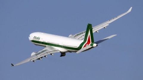 Alitalia in volo verso il commissariamento: Gubitosi in pole