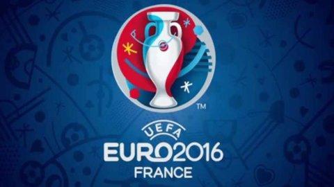 Bruxelles, Uefa: Europei a porte aperte