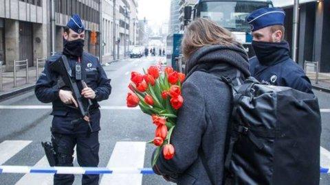 Bruxelles, 32 morti e oltre 300 feriti. Dispersa un'italiana