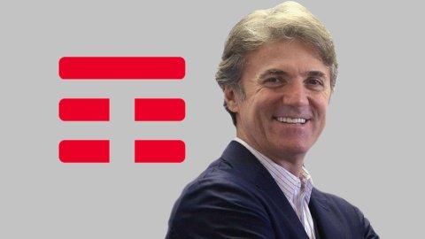 Telecom Italia: giù i ricavi, su gli utili e dividendo solo per le risparmio