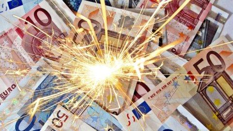 Clinton dà lo sprint alle Borse, fuochi d'artificio per le banche