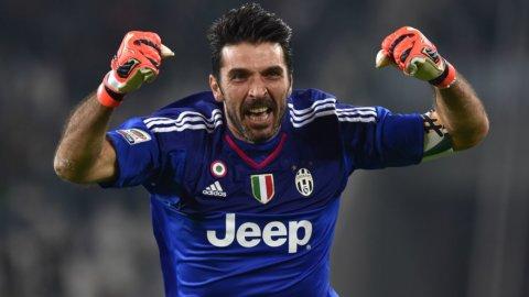 Champions: è l'ora della Juve e Napoli espugna Kiev
