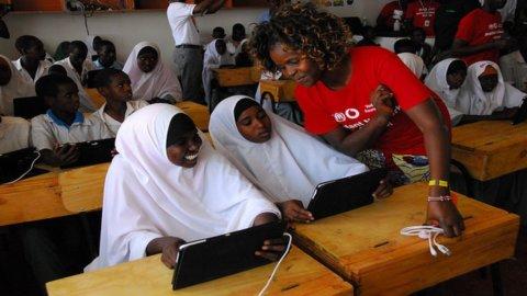 Africa, milioni di bimbi a scuola con Vodafone