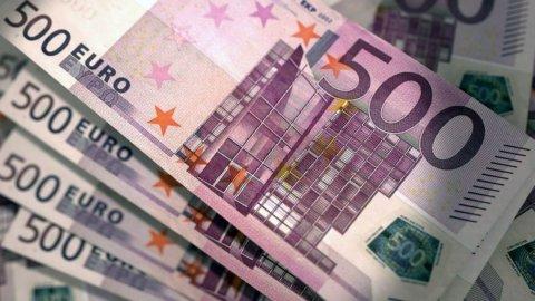 """Bonus cultura, da settembre 500 euro ai 18enni: come funziona e come usare """"18app"""""""