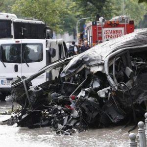 Istanbul, attentato in centro: 11 morti