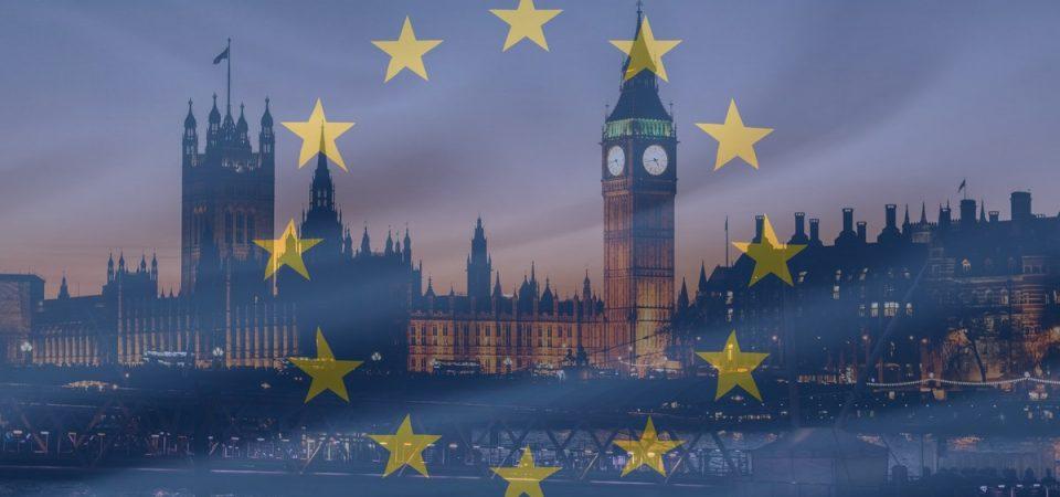 Brexit non scuote i mercati e Bce avverte: i tassi non saliranno