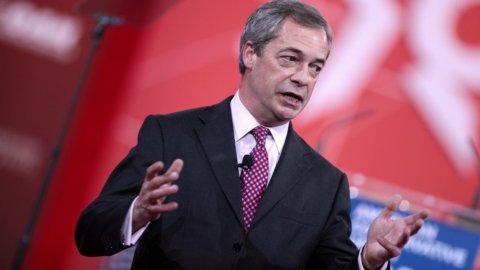 Usa, Nigel Farage ricevuto da Trump
