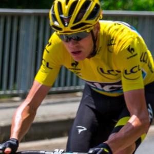 Tour de France: Aru cede, Froome ok
