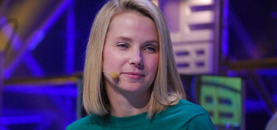 Arriva Verizon: Yahoo cambia nome, Mayer cade in piedi
