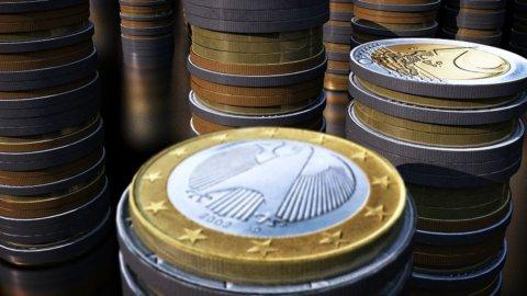 Draghi tonifica le banche e le Borse