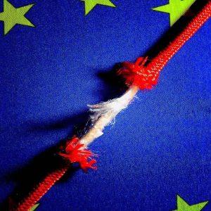 Ue boccia di nuovo l'Italia: ultima per crescita e con defict al 2,9%